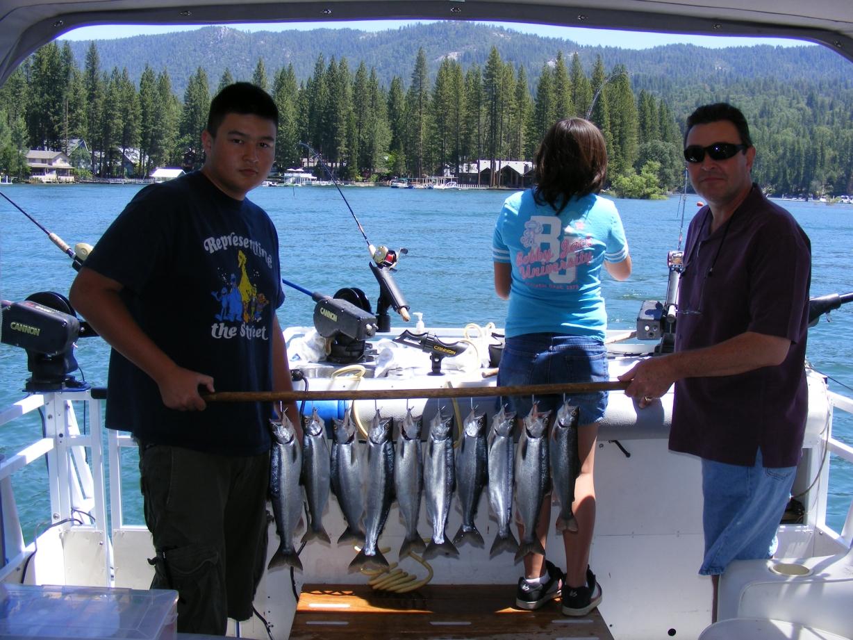 Shaver lake fishing guide service kokanee rainbow for Bass lake ca fishing